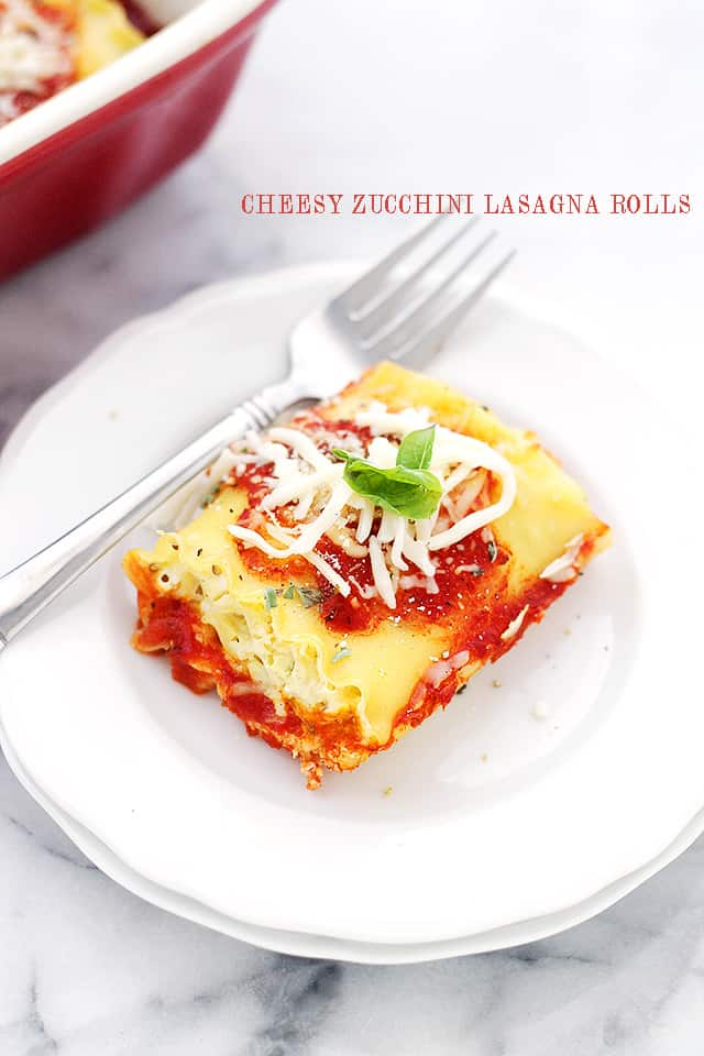 Cheesy Zucchini Lasagna Rolls | www.diethood.com | Delicious and cheesy zucchini mixture rolled up in lasagna noodles! These are insaaaane!