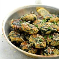 Spinach and Garlic Potato Patties | www.diethood.com | Delicious and flavorful Patties made with a mixture of potatoes, spinach and garlic.