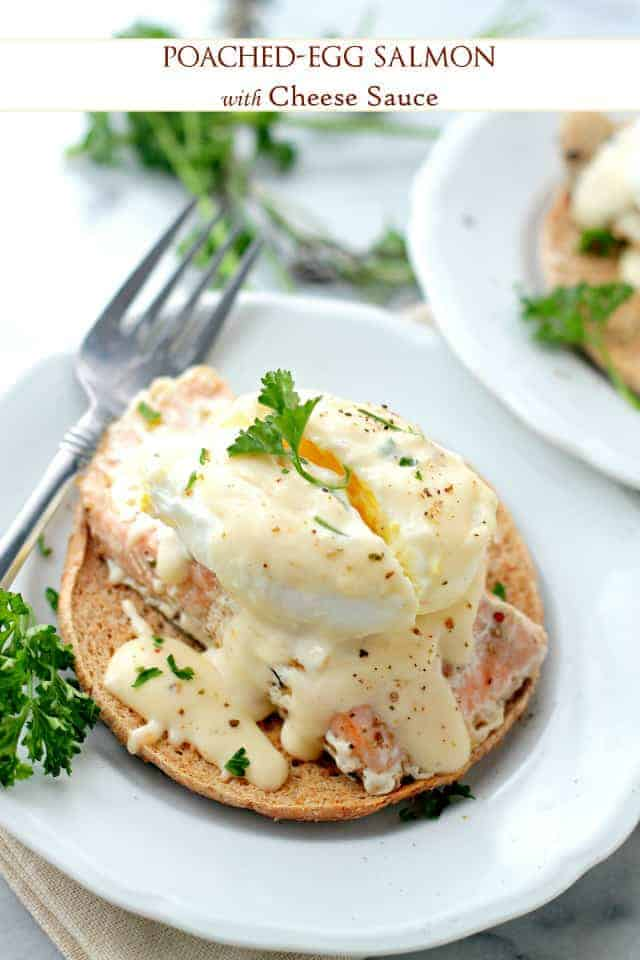 An easy and delicious salmon recipe. Salmon fillets topped with soft poached eggs and a wonderful homemade cheese sauce. An amazing dinner idea! #salmon #dinneridea