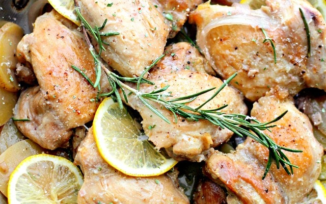 {One-Pot} Lemon Chicken and Potatoes