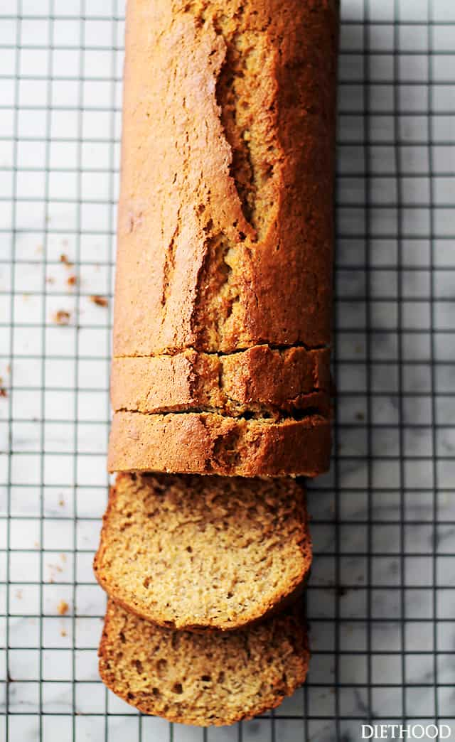 Whole Wheat Banana Bread with Coconut Oil | www.diethood.com | A delicious and super moist banana bread made healthier using whole wheat flour, sweet bananas, and coconut oil. No mixer needed!