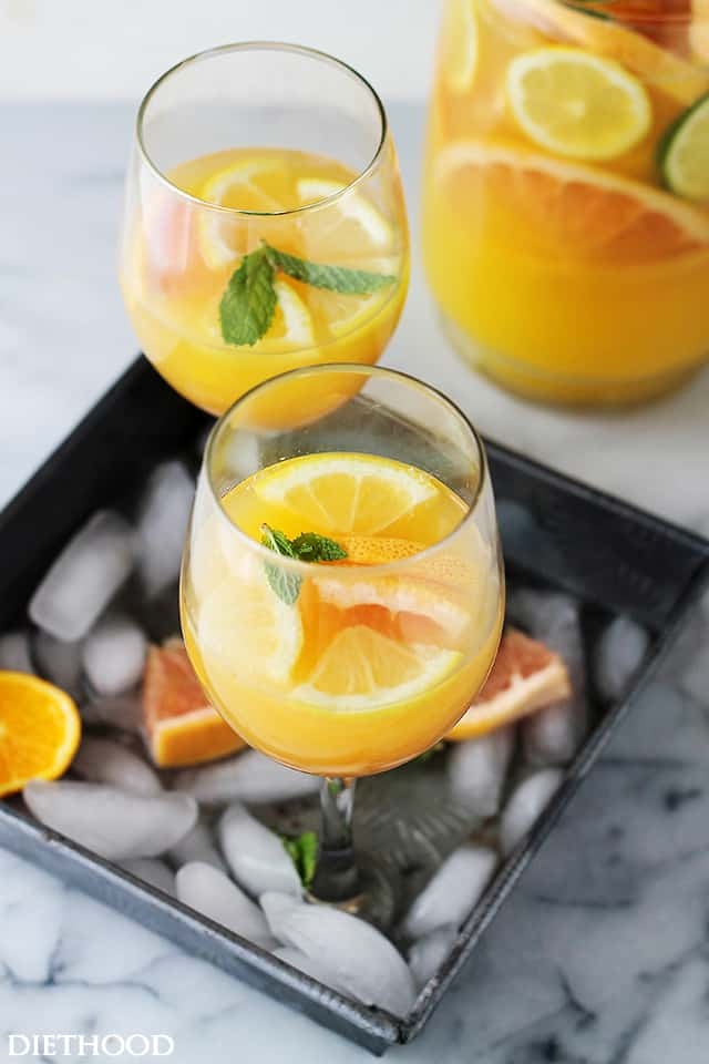 Mimosa Pitcher Cocktail - The classic and refreshingly delicious Mimosa Cocktail made with Orange Juice and Prosecco. Get the recipe on diethood.com