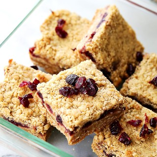 Cranberry Apple Crumble Bars + Back-To-School Lunchbox Ideas