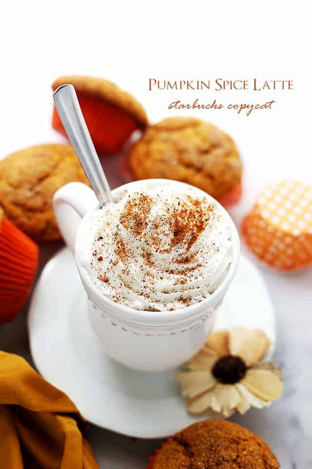 This pumpkin recipe is perfect for Fall coffee breaks! Homemade Starbucks Pumpkin Spice Latte without the artificial flavors and colors. SO easy & SO tasty! #starbuckscopycat #pumpkinspicelatte #pumpkindrinks #pumpkinrecipes #thanksgiving #halloween