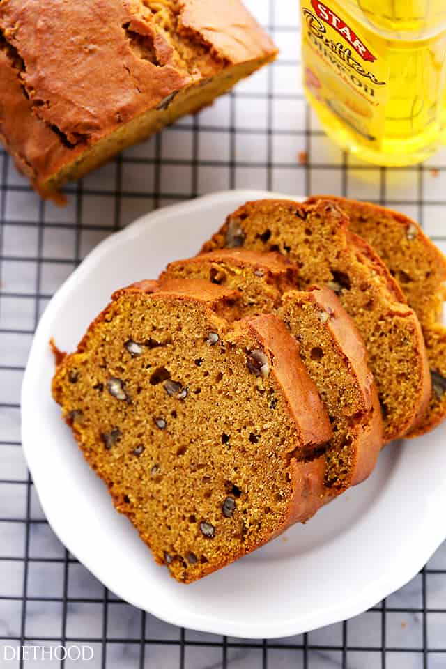 Olive Oil Pecan Pumpkin Bread - Rich and flavorful, easy to make pumpkin bread with olive oil and pecans.