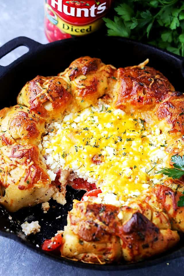 Warm Feta Cheese Bread Ring Dip - Soft and buttery pull apart rolls baked around a warm feta cheese dip!