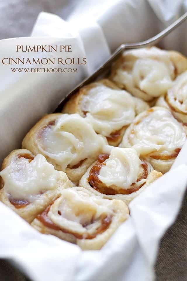 Pumpkin-Pie-Cinnamon-Rolls