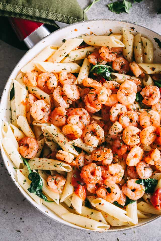 Garlic Butter Shrimp, 30 minute meals, spinach, tomatoes, recipes