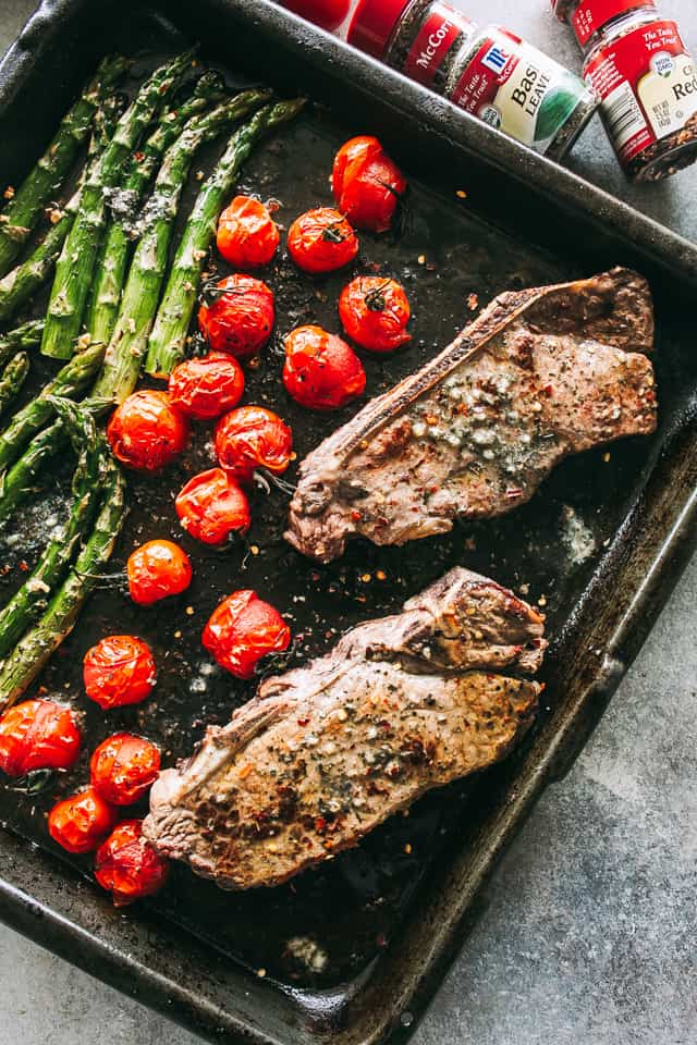 sheet pan steak and veggies dinner, sirloin steak, tomatoes