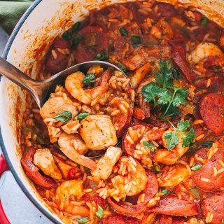 Jambalaya Recipe with Chicken, Shrimp and Sausages