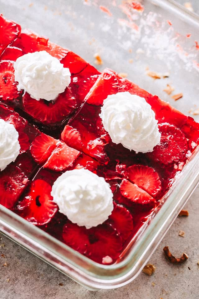 Strawberry Pretzel Dessert Recipe, strawberry jell-o, pretzels, salad