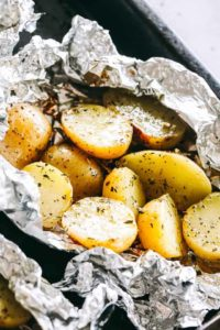 Garlic Herb Grilled Potatoes in Foil   How to Cook Potatoes in Foil