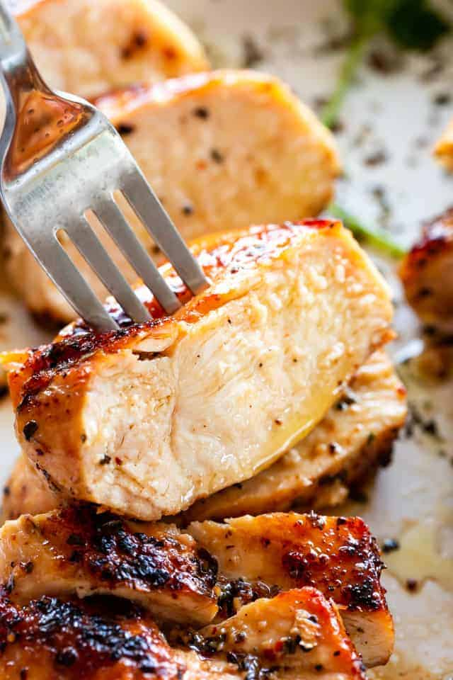 The Juiciest Stove Top Chicken Breasts An Easy Chicken Recipe
