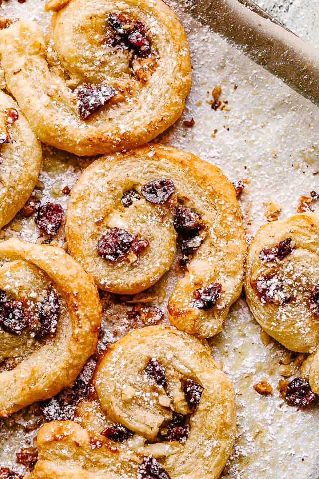 cranberry brie puff pastry