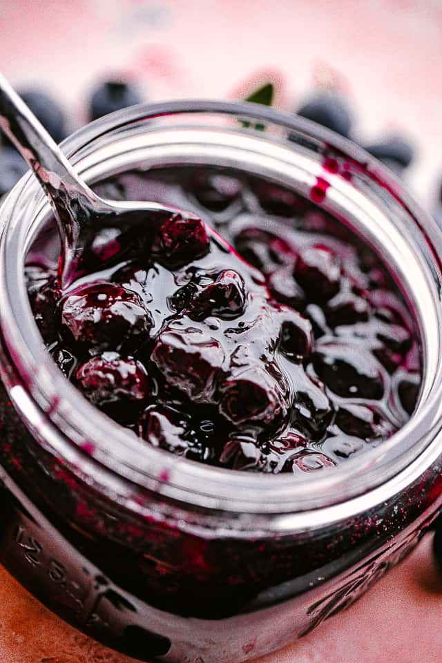 BLUEBERRY SAUCE IN A JAR