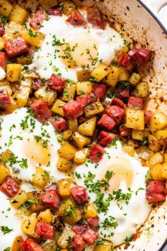 A skillet with corned beef hash