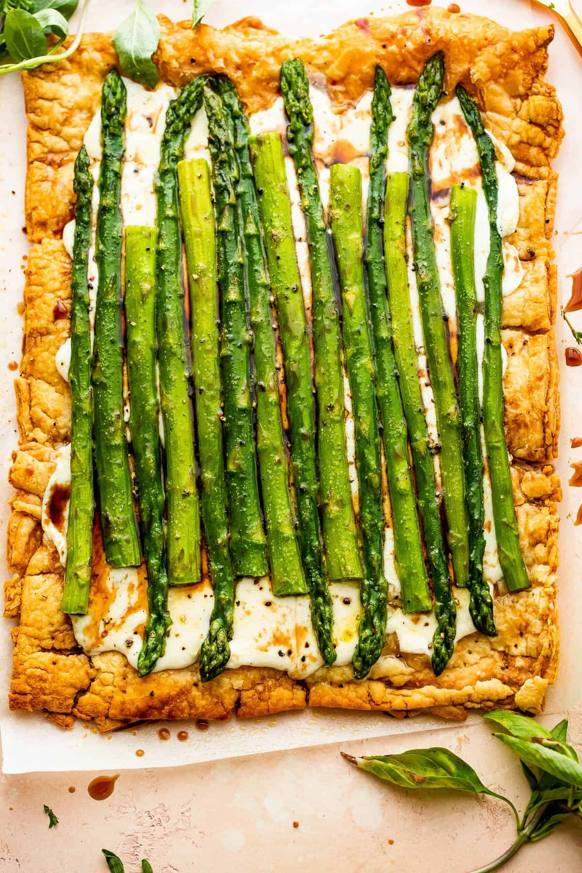 a whole puff pastry cheese asparagus tart