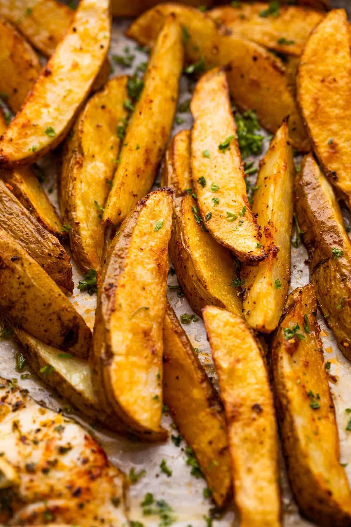 close up photo of baked potato wedges